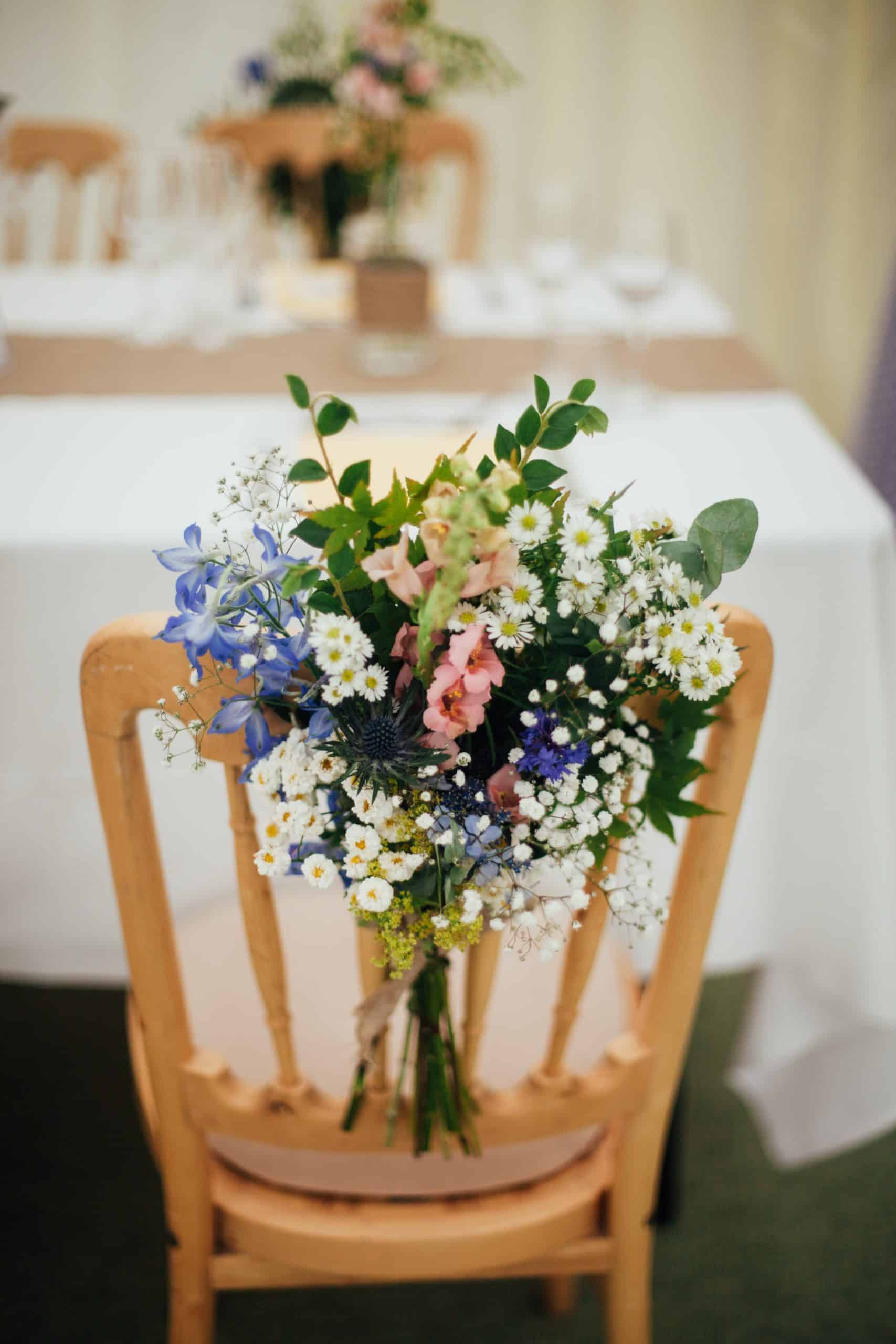 How to Choose Wedding Flower Decorations